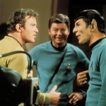 Kirk, McCoy e Spock sul set