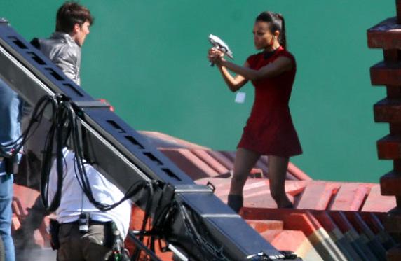 Zoë Saldana nei panni di Uhura sul set del nuovo film