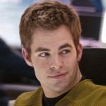 Chris Pine nei panni di Kirk