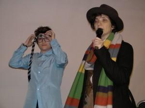 Federica ed Elena nei panni del Dottore