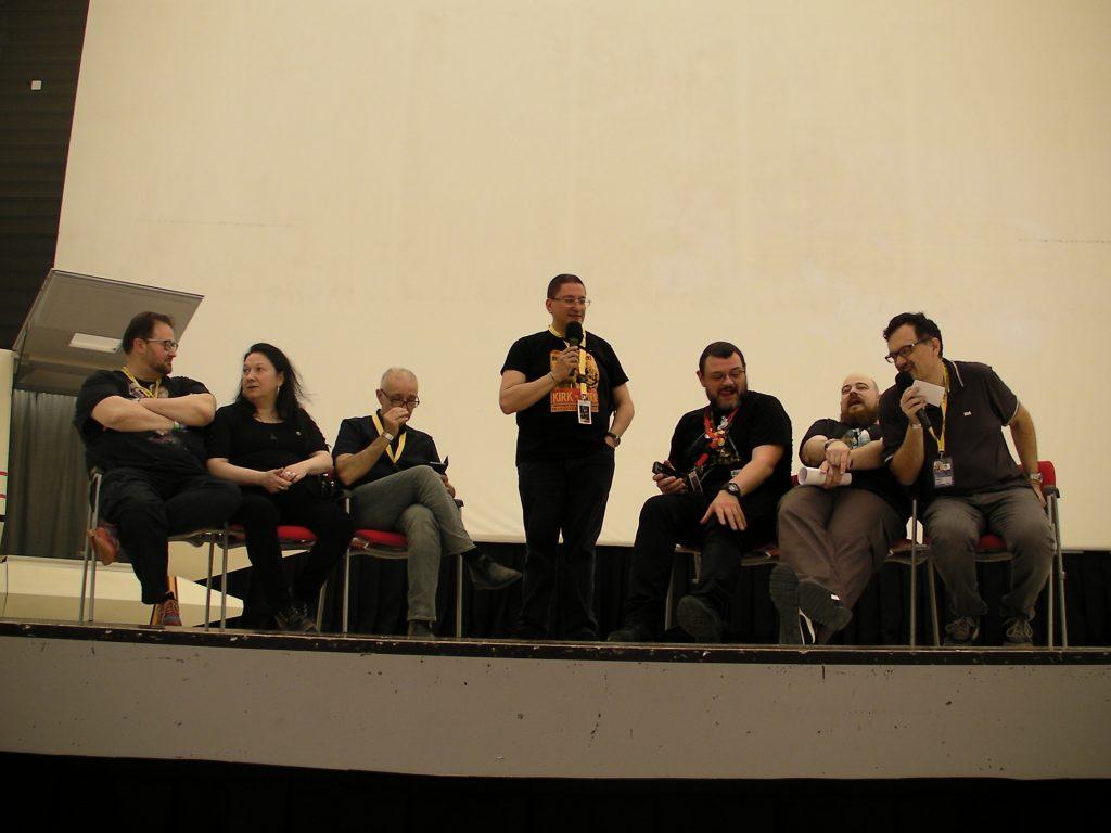 Tutti assieme sul palcoscenico! Il gruppo dirigente dello STIC-AL